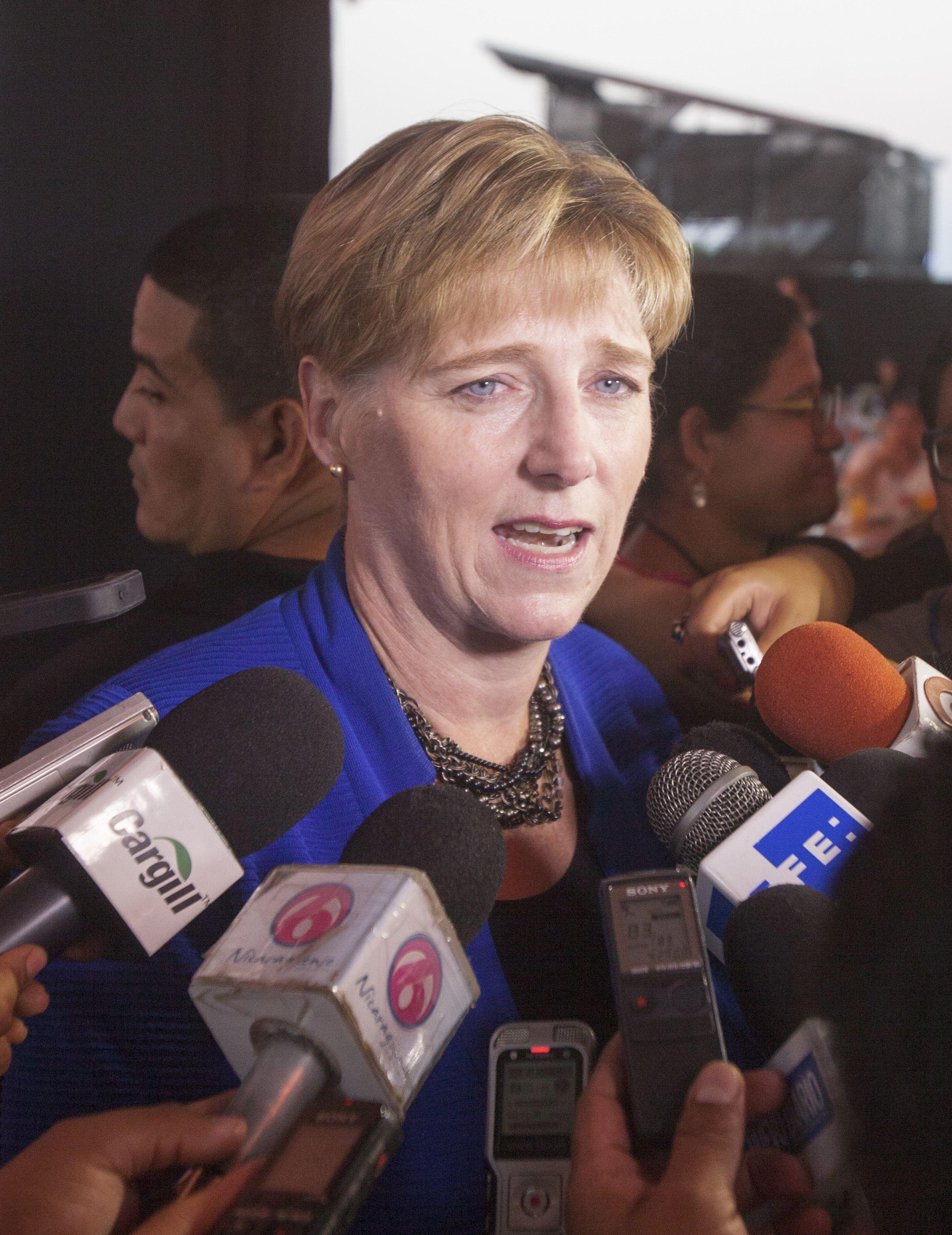 Laura F. Dogu, embajadora de Estados Unidos en Nicaragua.