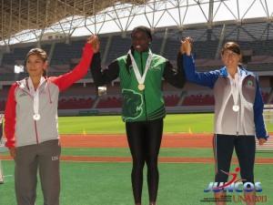 Gary Robinson y Shantelly Scott destacan con oro en Juegos Universitarios 2013