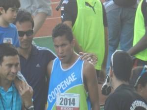 Georman Rivas ganó los 1500 metros sin romper el récord nacional