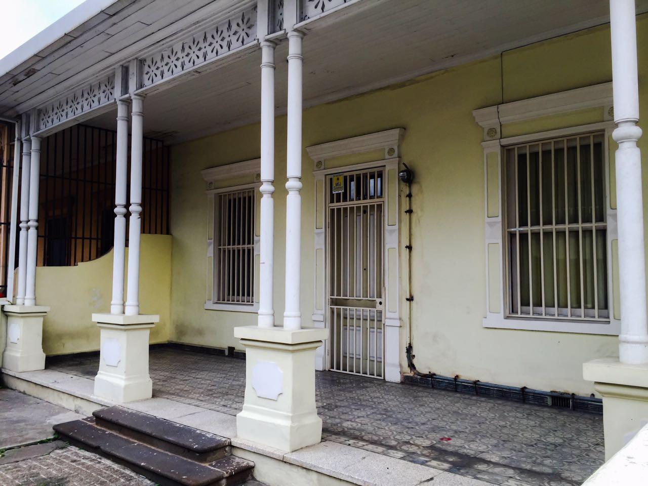 Trabajo estudia compra de casa antigua en barrio am n - Compra de casa ...