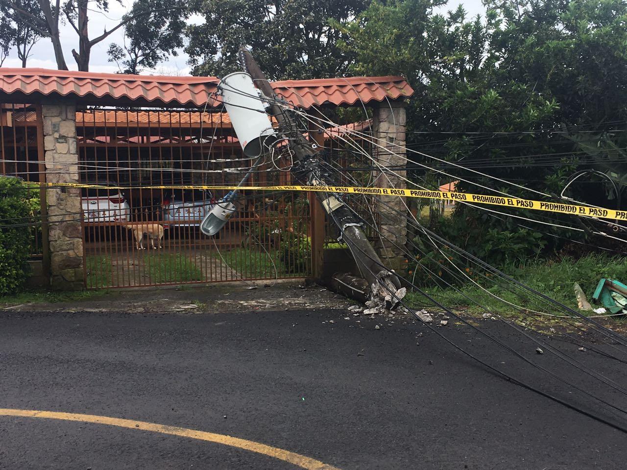 Fuertes vientos provocan aver as en cables de electricidad - Cables de electricidad ...