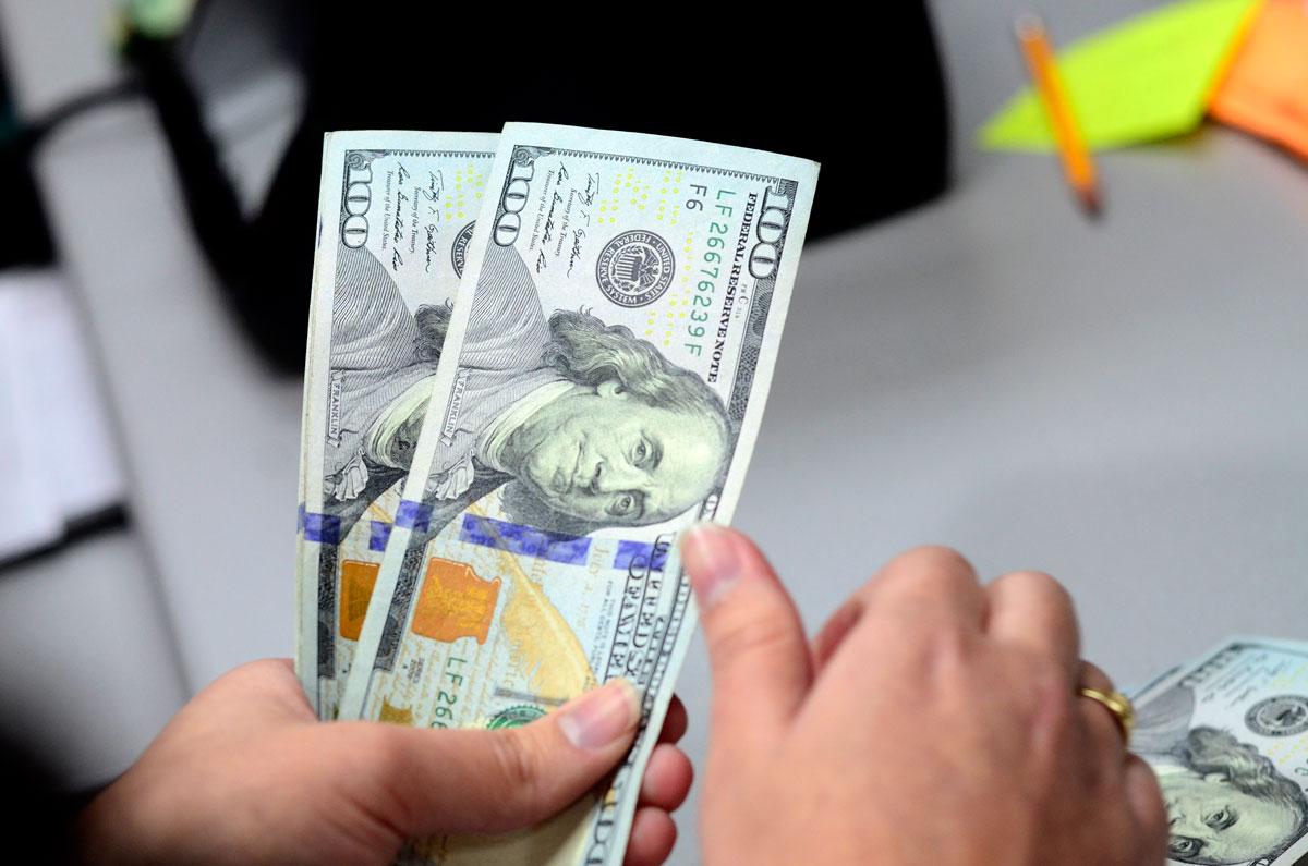 Dólar Llega A 610 En Ventanilla Debe Cambiar Su Crédito De Dólares Colones