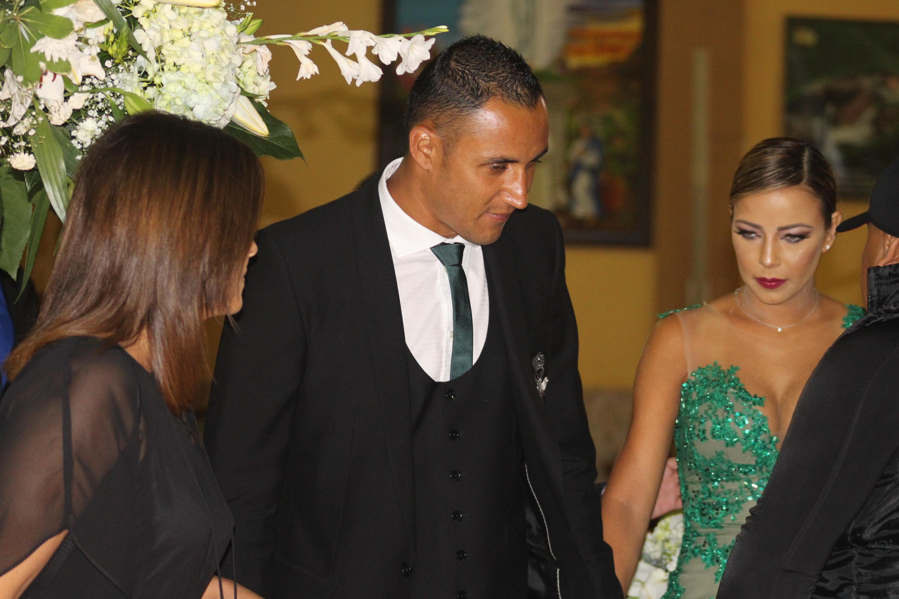 """Matrimonio Catolico Costa Rica : Keylor en boda de joel """"la alegría uno es la todos"""