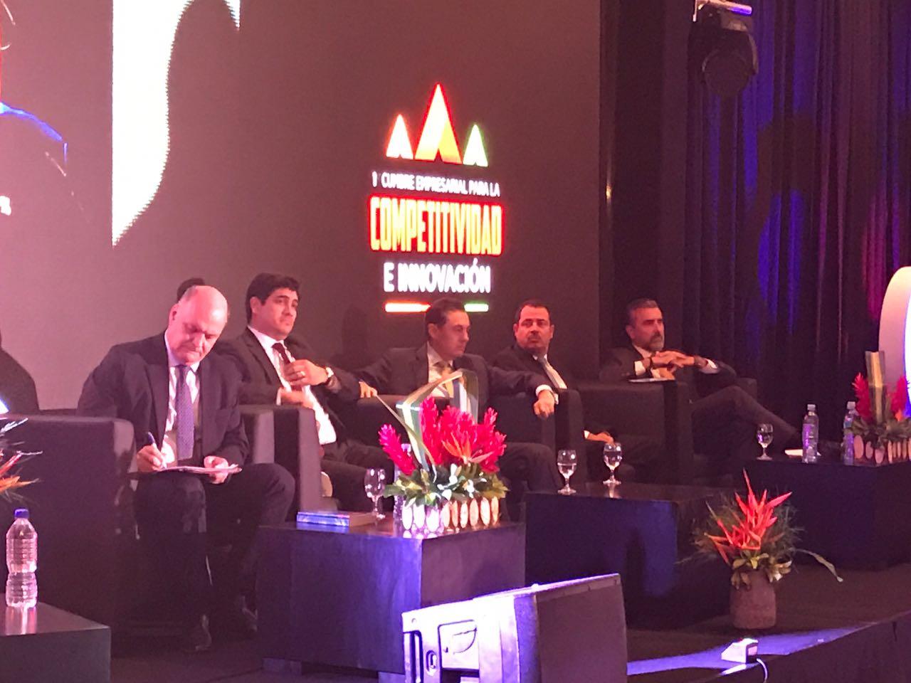 Piza, Alvarado, Álvarez, Redondo y Guevara estarán en el conversatorio de Cadexco..