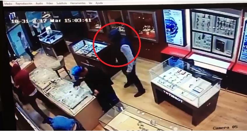 4c054a5337e2 Mexicanos que asaltaron joyerías con mazos están en juicio