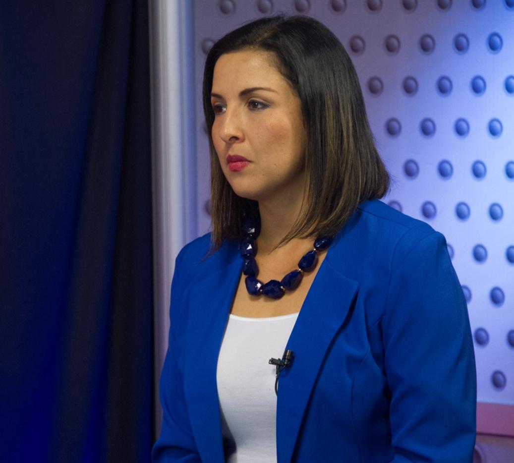 Stephanie Campos Como Atendera El Deficit Fiscal Y Como