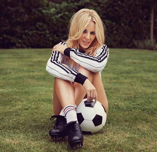 Kylie Minogue Se Desnuda Para Celebrar Sus 50 Años