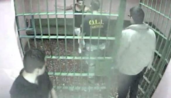 Vídeo muestra agresión que sufrió detenido a manos de custodios del OIJ
