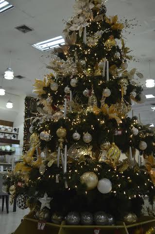 Cu nto le cuesta decorar el rbol de navidad h galo - Cuanto cuesta decorar una casa ...