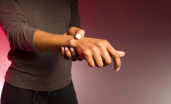 Dolor de brazo izquierdo y mano