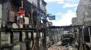6 mil personas viven en cementerio de Filipinas