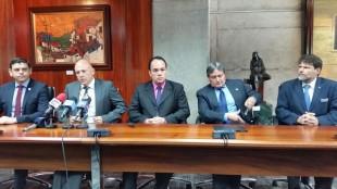Grupo Consenso reclama al Gobierno que hay 14 proyectos viales inconclusos. CRH.
